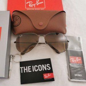 Ray-Ban Tan Sunglasses 3026 62mm